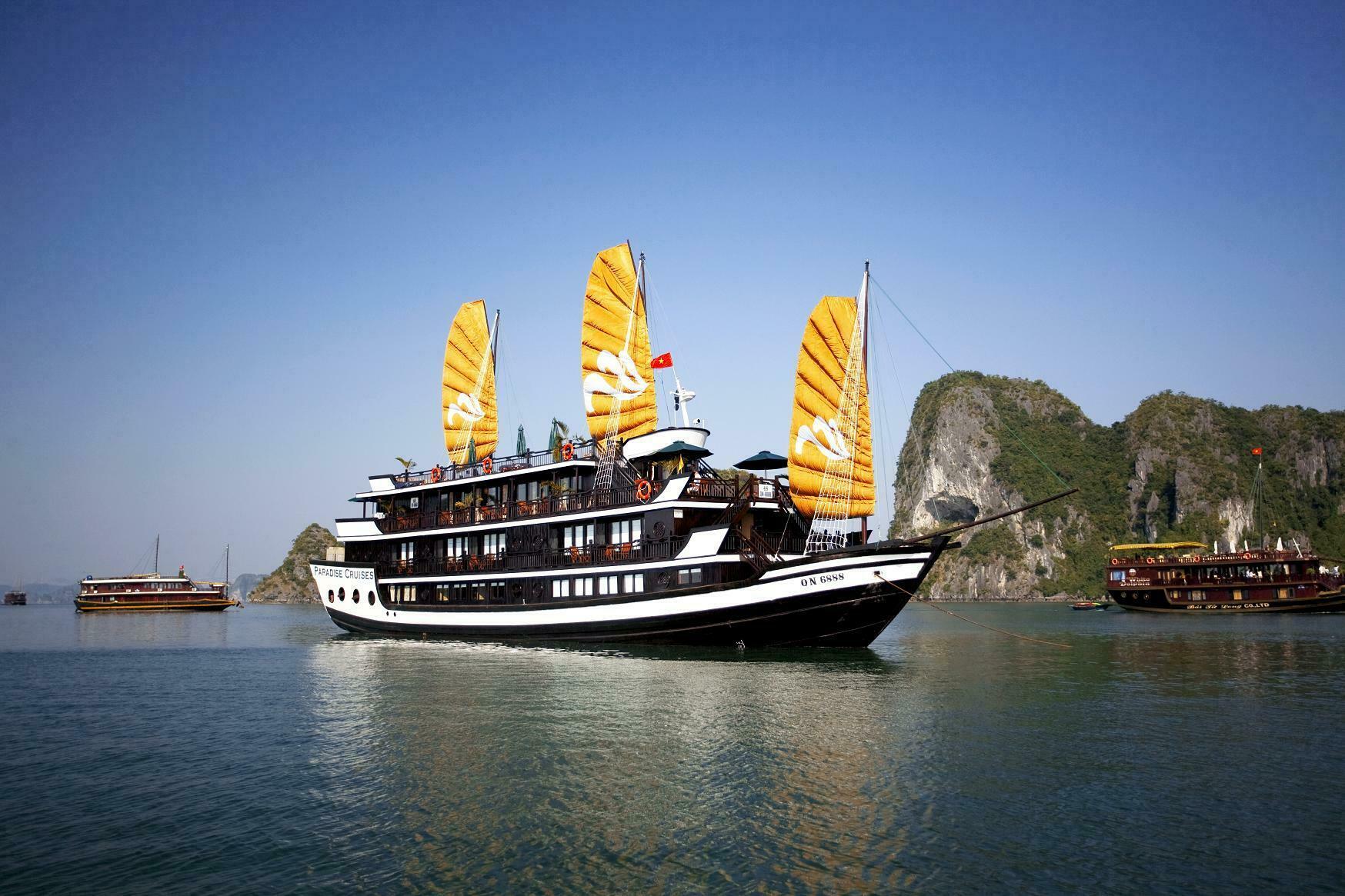 halong-paradise_cruises635849970955271671