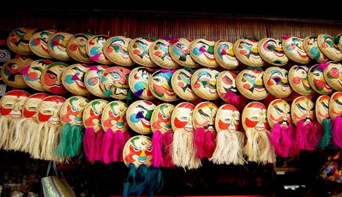 hanoi-old-quarter-masks