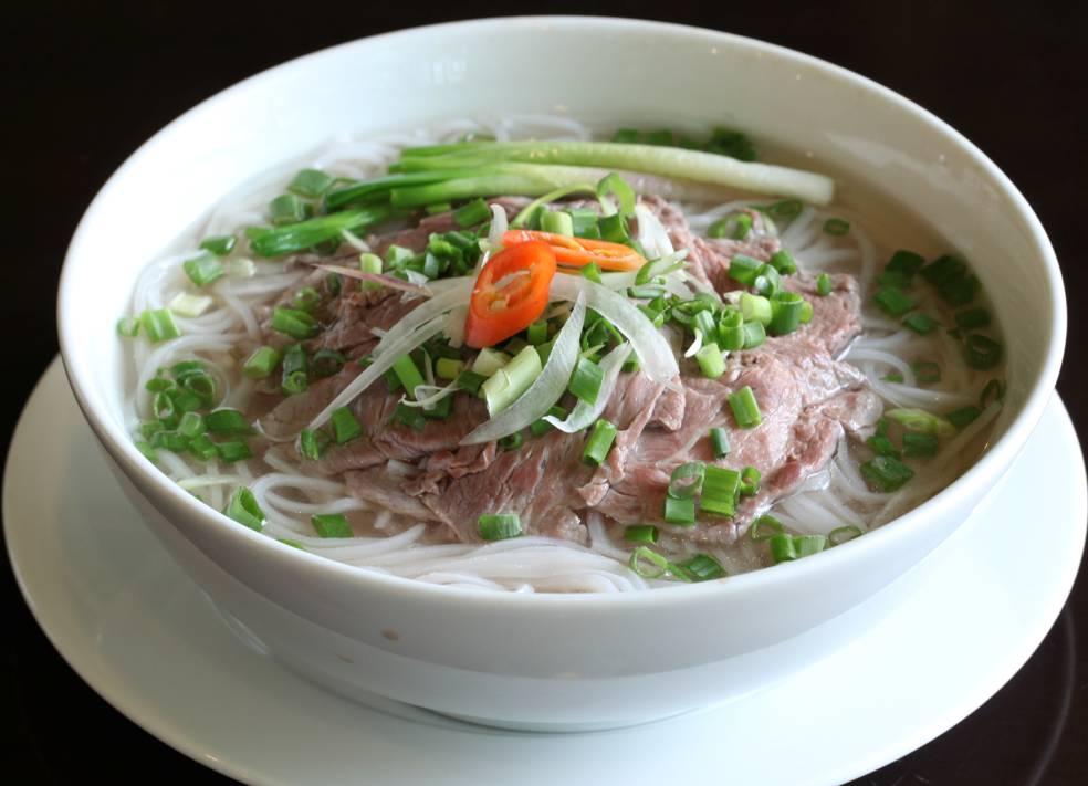 hanoi-street-food-pho